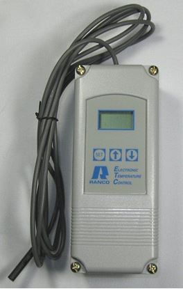 Picture of Ranco ETC-212100-000: 2 Stage, 24V, 0-10V Output